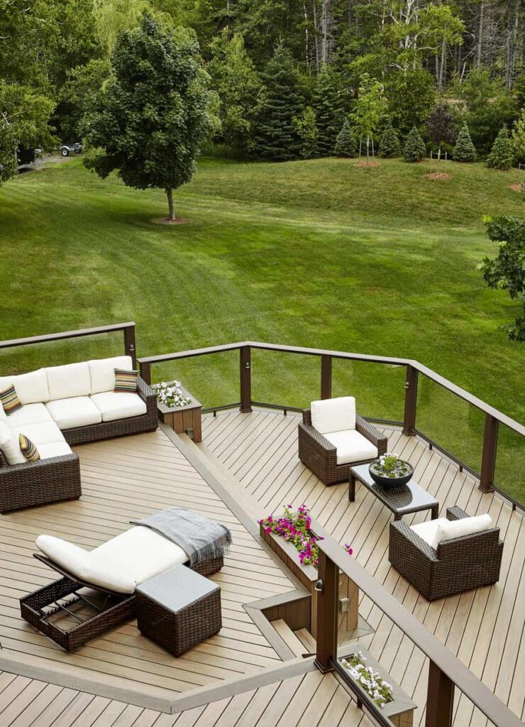Deck featuring TimberTech PRO Legacy Collection in Pecan Mocha evo contemporary walnut glass with outdoor furniture