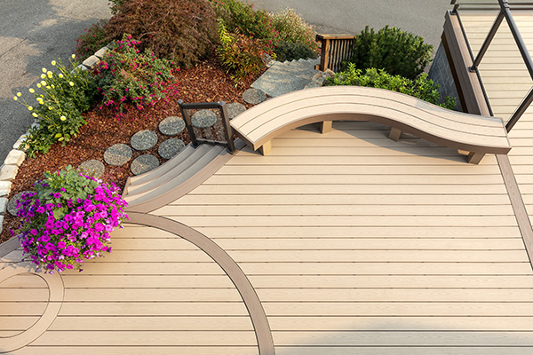 Heat-bent curved decking from TimberTech AZEK Harvest Collection Brownstone