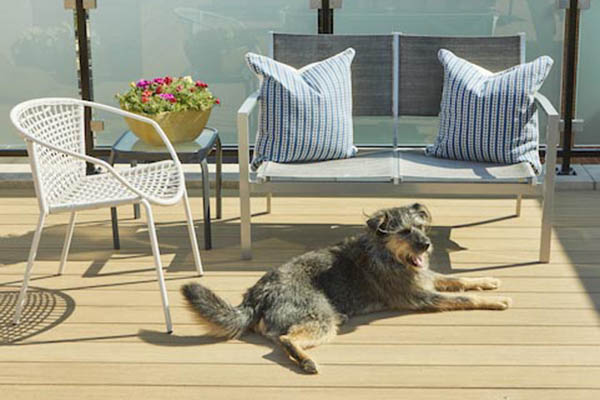 Heat resistant composite decking protects your pets