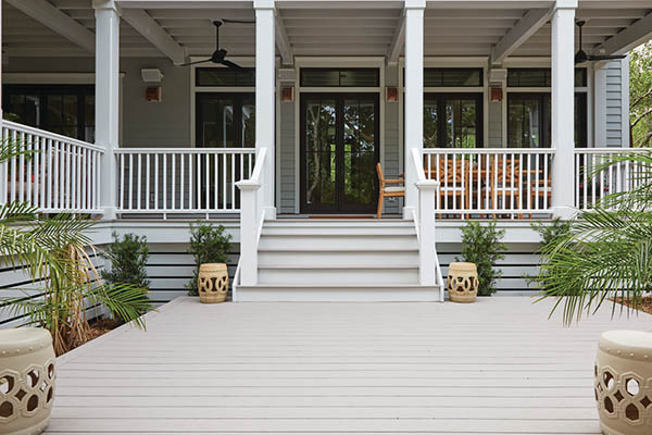 Deck fascia for southern charm