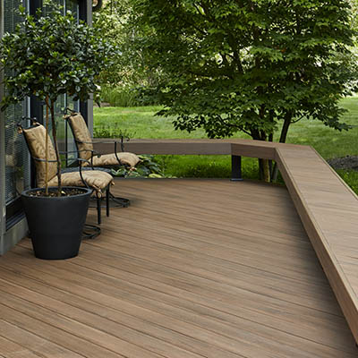 Low maintenance decking reviews for a stress-free deck