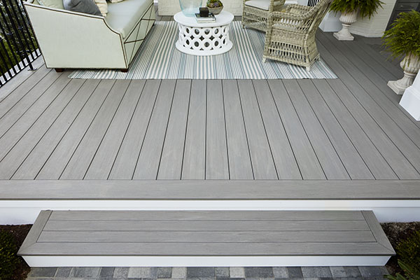 AZEK decking expands and contracts along its length