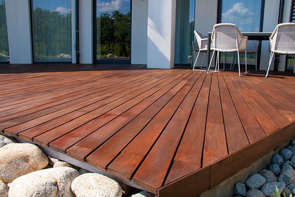 Ipe decking is difficult to work with