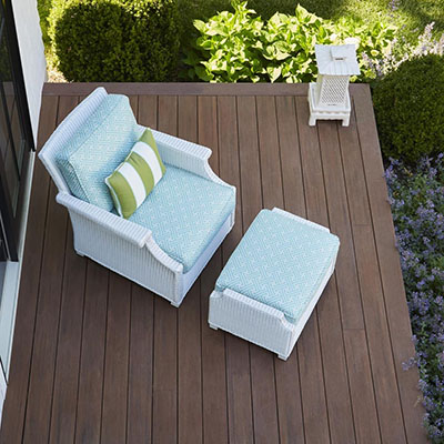 Back deck designs with traditional shapes