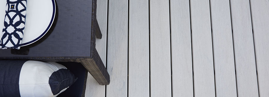 Side-to-side deck board spacing recommendations