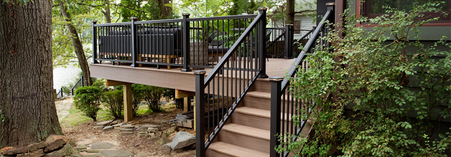 DIYing outdoor stair railing ideas
